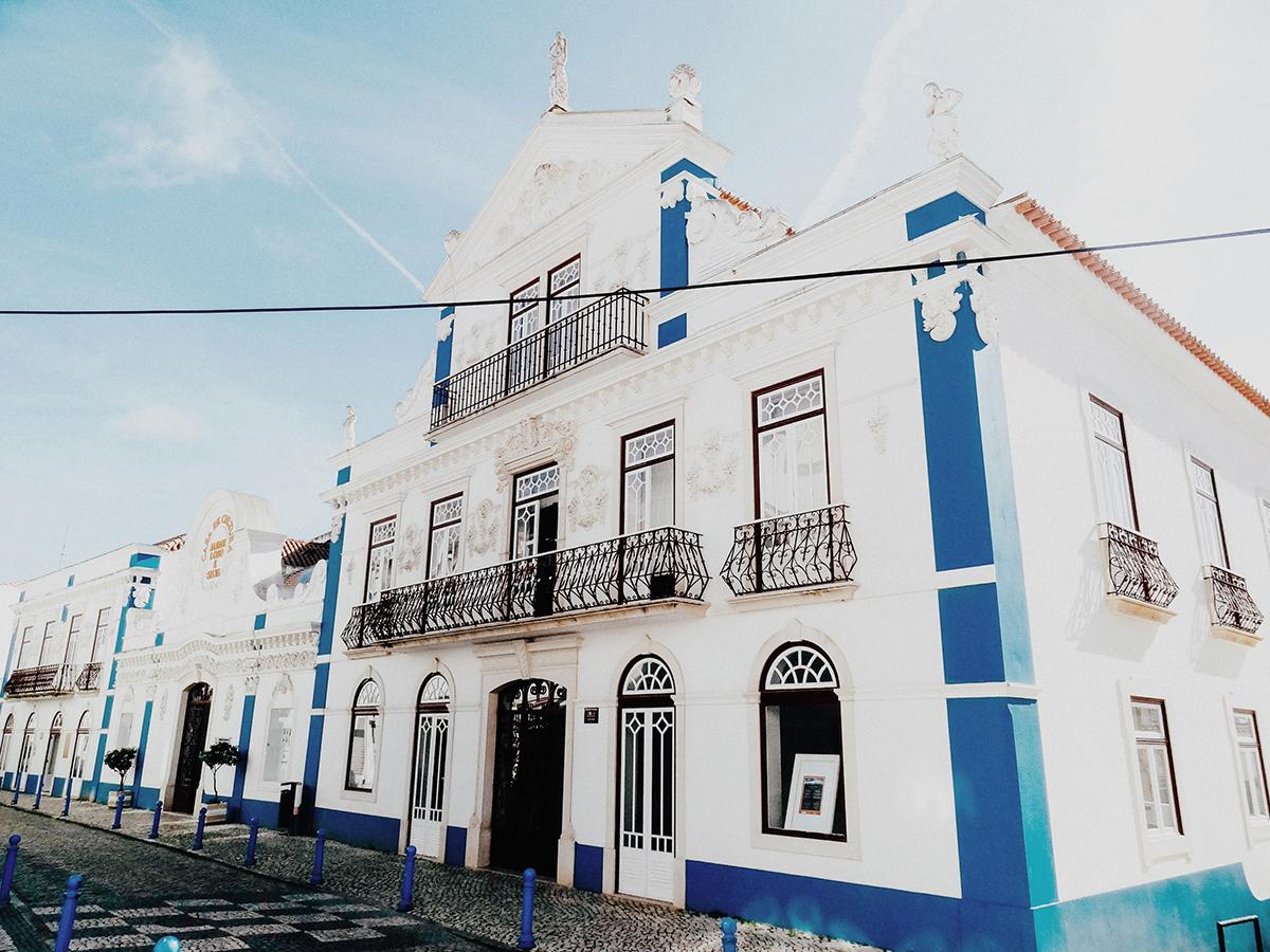 Ericeira, Portugal - hellolaroux.com