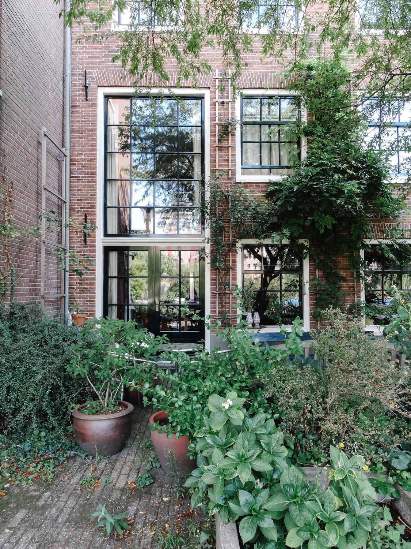 Amsterdam série photographique - www.hellolaroux.com