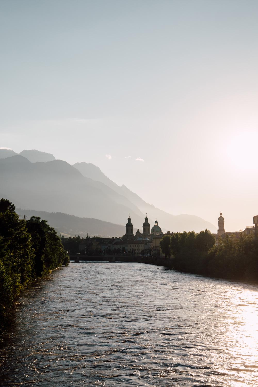 lever de soleil sur Innsbruck - Autriche