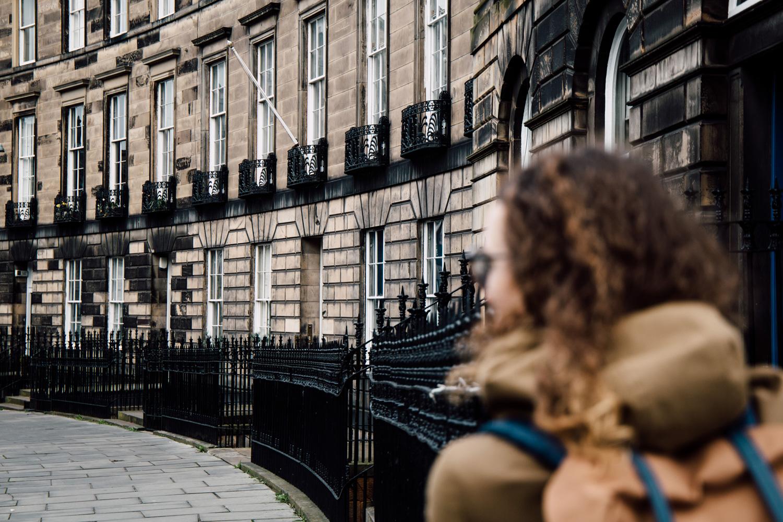 les rues rectilignes d'Édimbourg