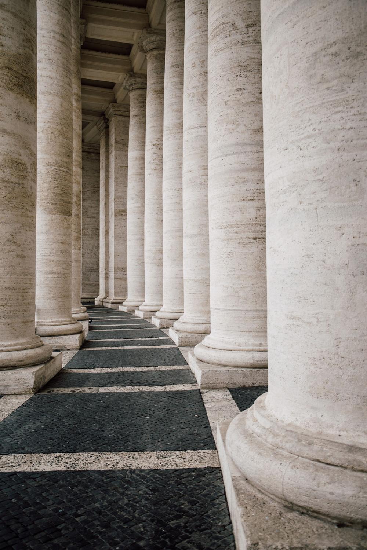 le colonnes du Vatican - visiter Rome