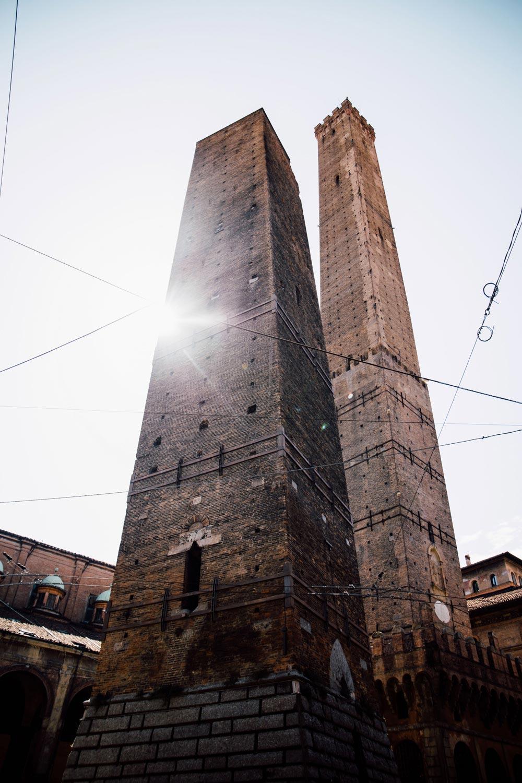 voir les tours de Bologne