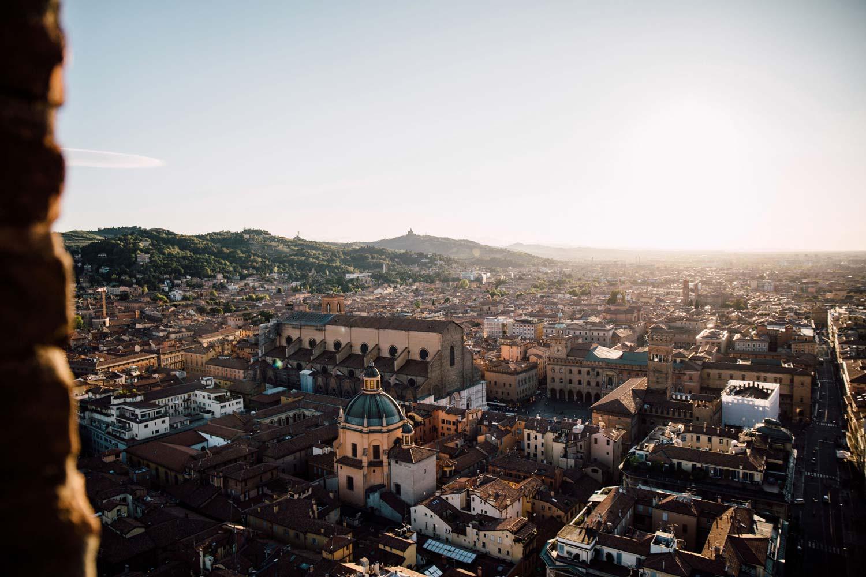 tours jumelles de Bologne : vue depuis Asinelli