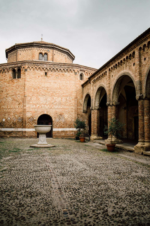 visiter Bologne, basilique Santo Stefano