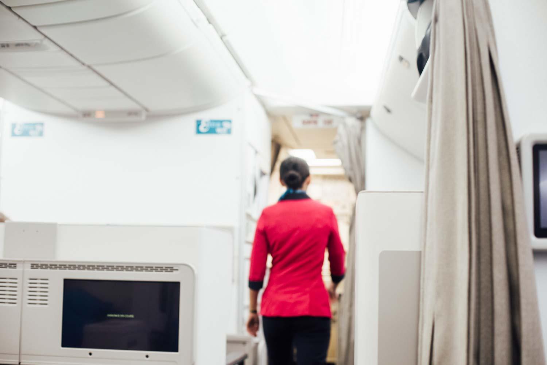 hôtesse de l'air compagnie Air Austral