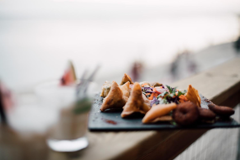cuisine réunionnaise samoussas bouchons