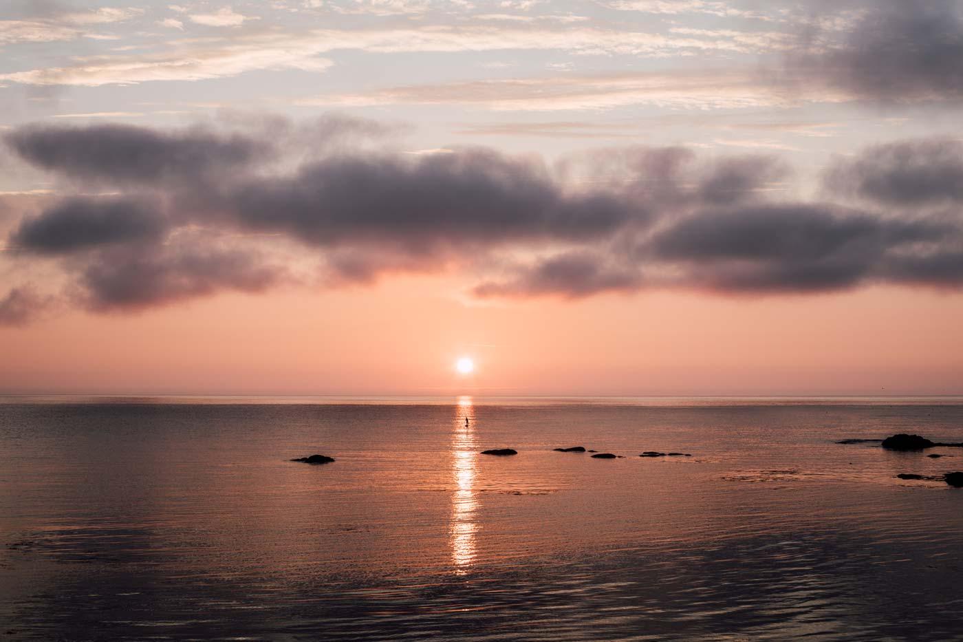 faire du paddle au lever de soleil