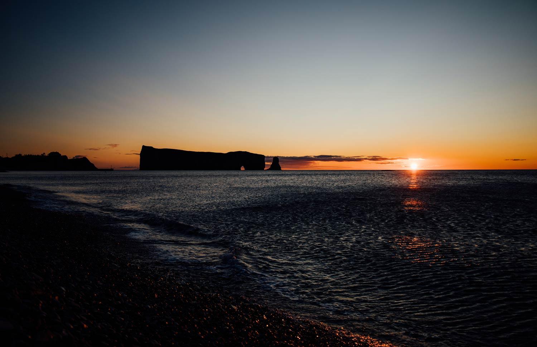 lever de soleil rocher percé