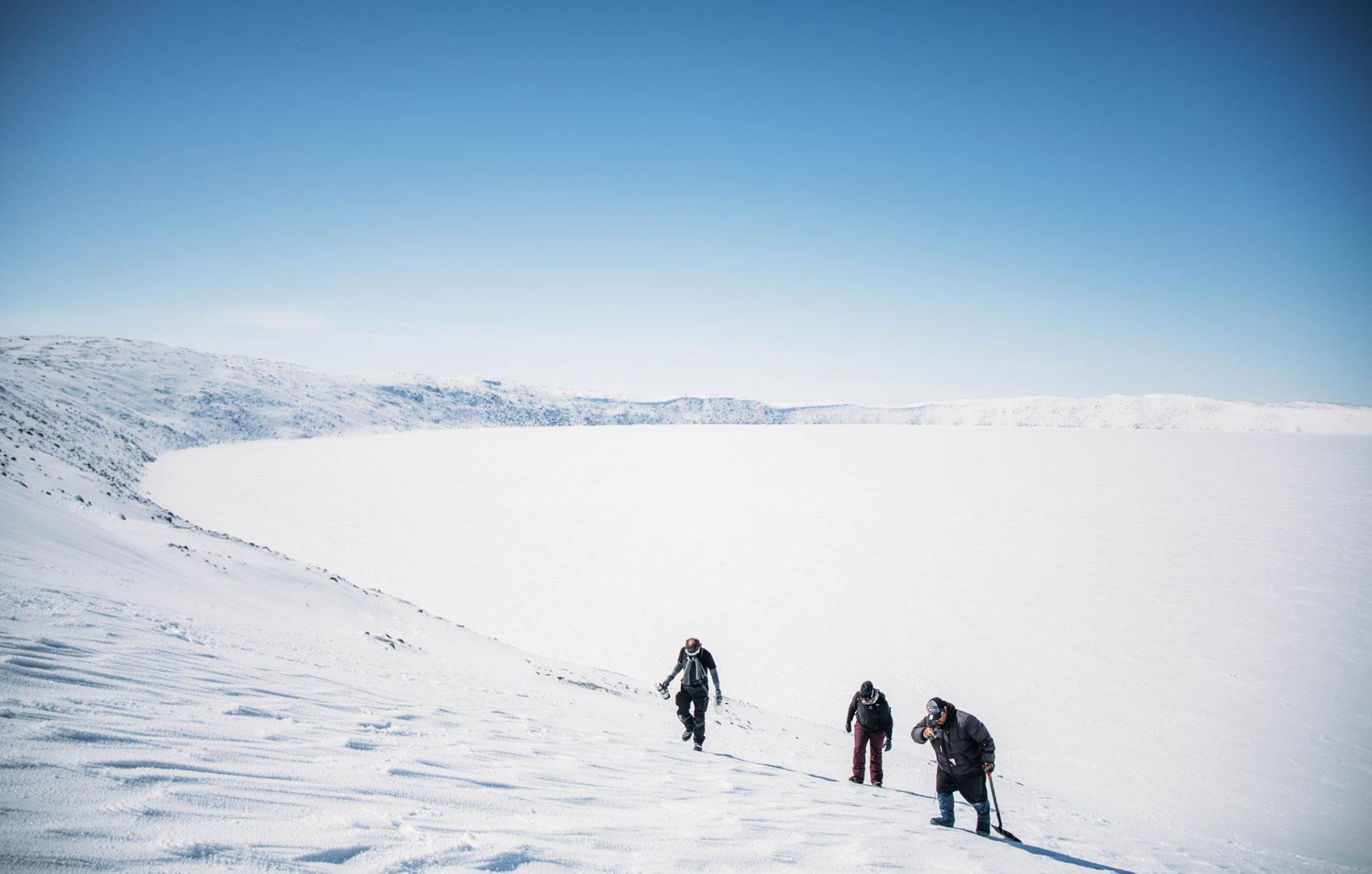 descente du cratère des Pingualuit