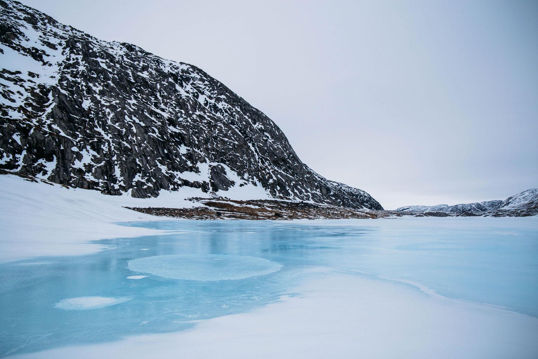 voyager hors des sentiers-battus dans le nord Canada