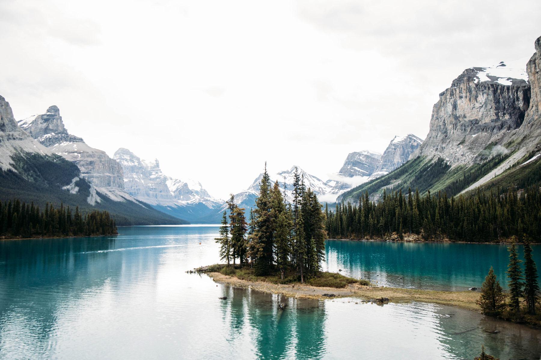 spirit island lac Maligne Alberta