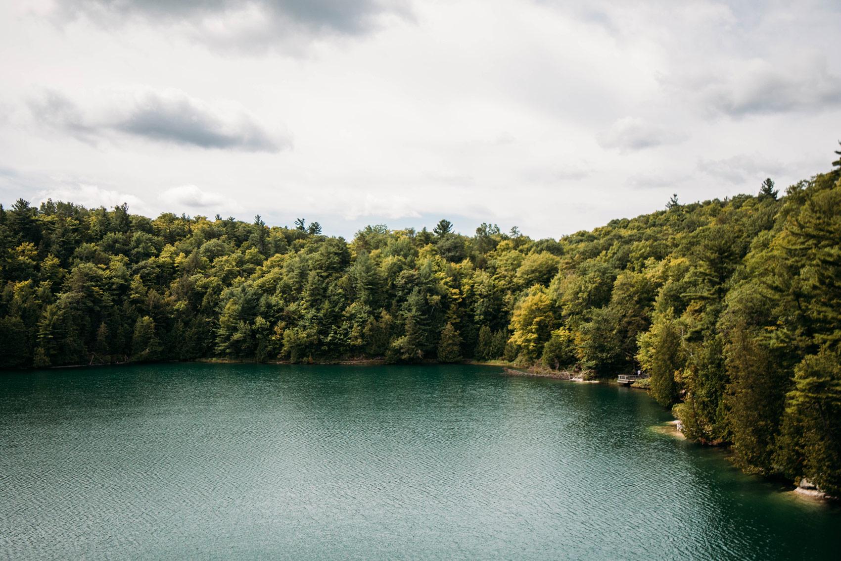 voir le lac Pink Gatineau