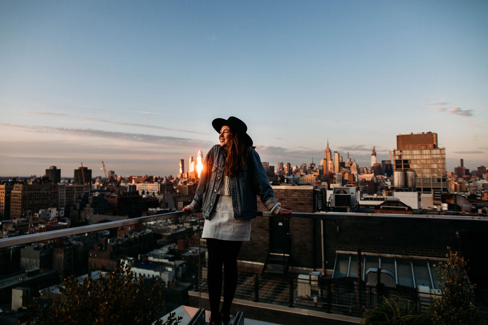 coucher de soleil rooftop new york