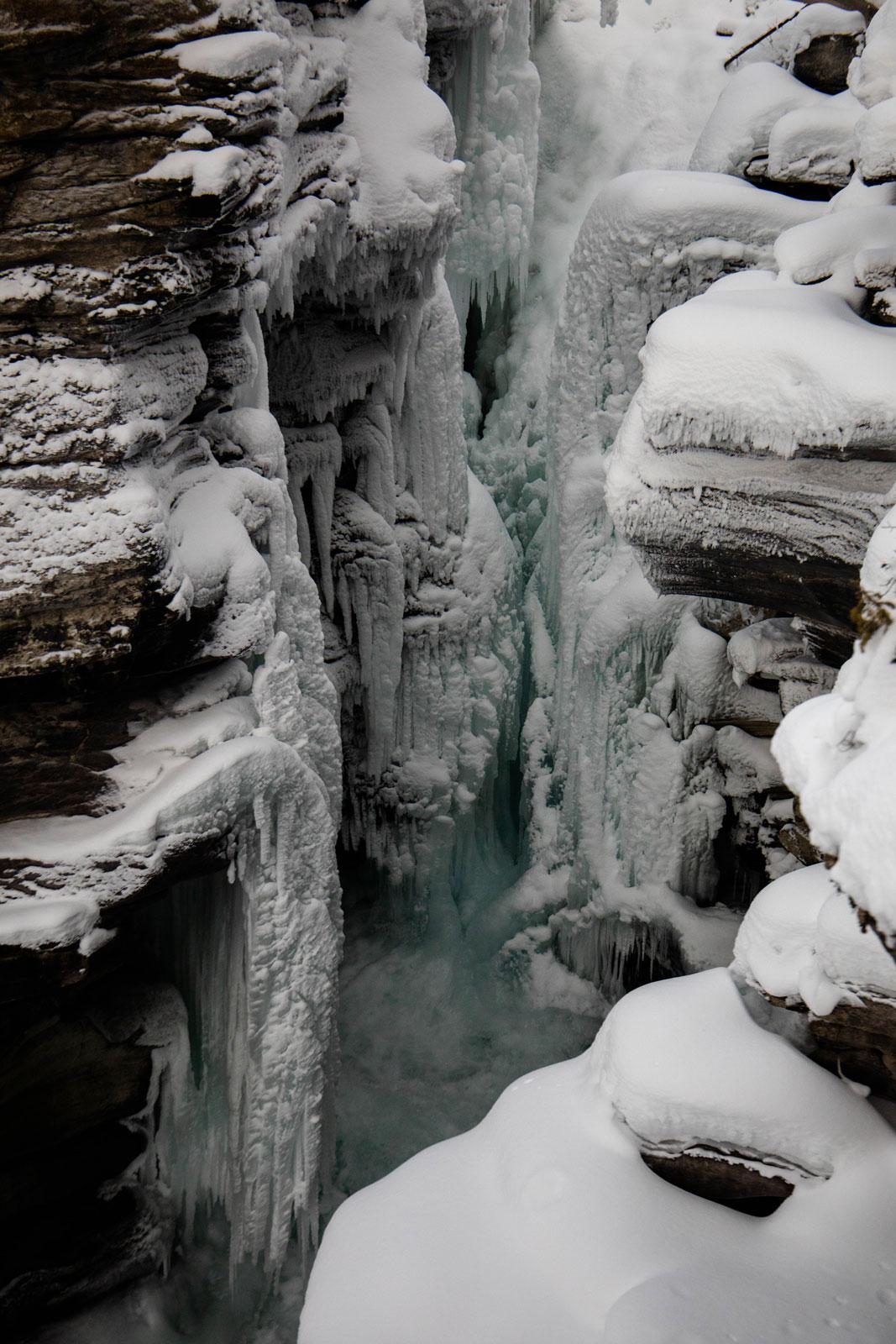 chutes-athabasca-en-hiver