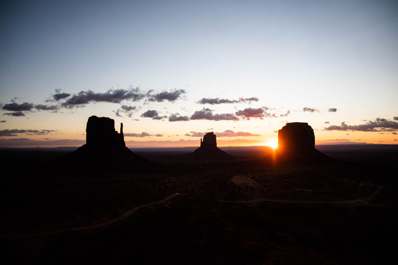 lever-de-soleil-monument-valley