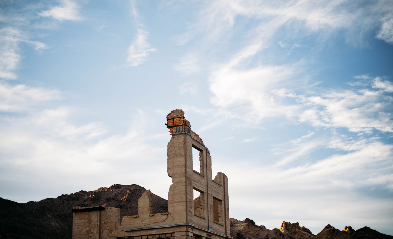 rhyolite-pres-de-death-valley