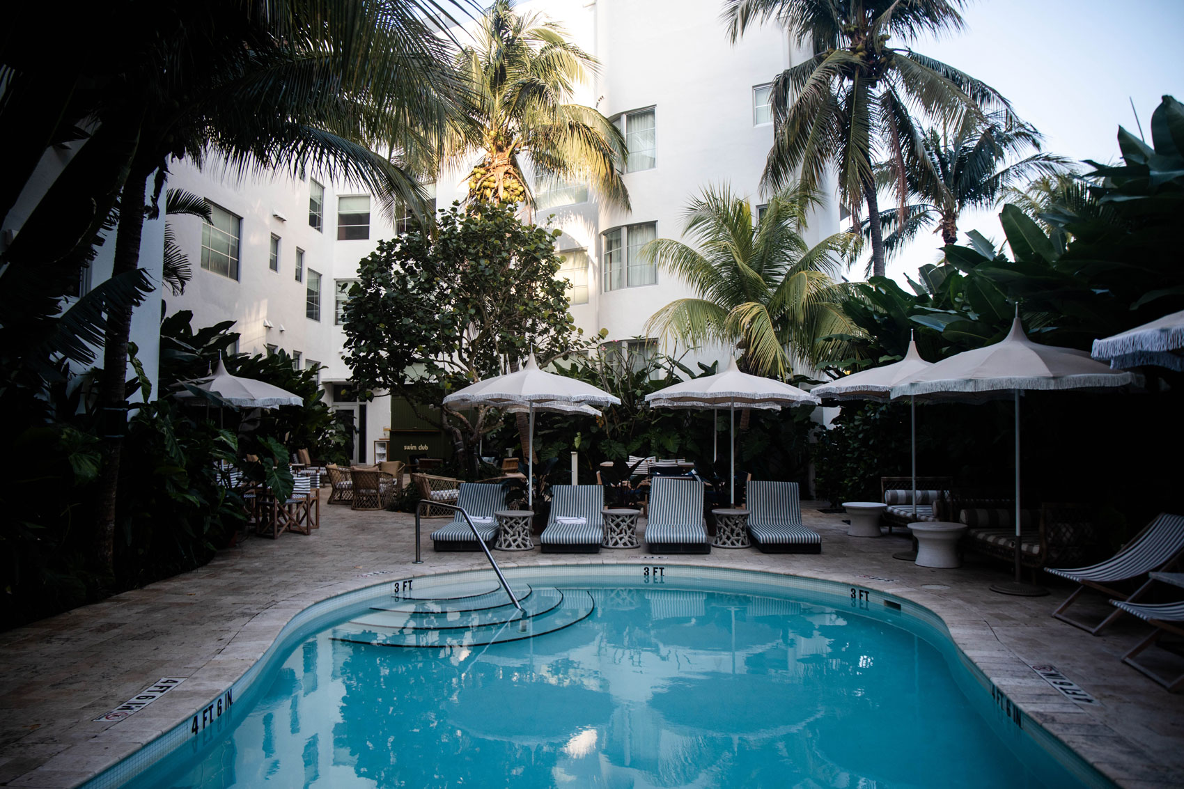 trouver-hotel-avec-piscine-a-miami