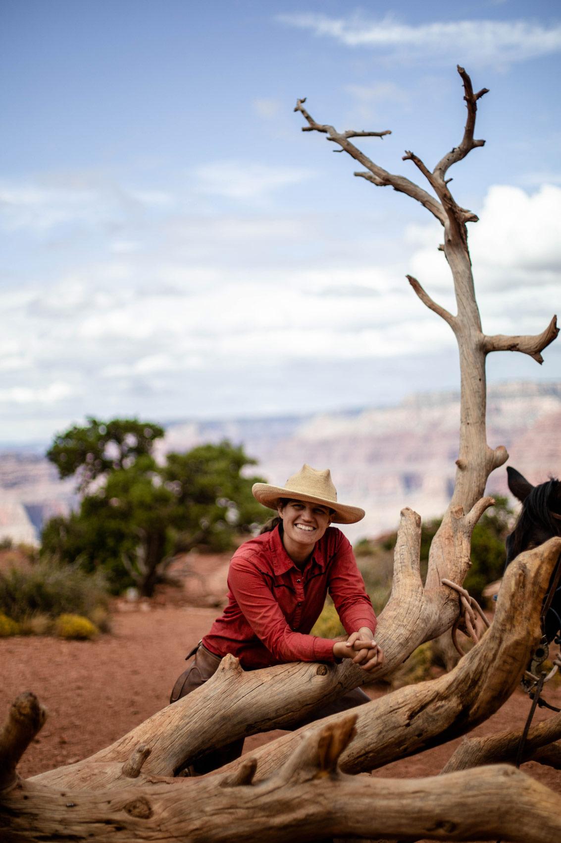 portrait vrai cowboy ouest américain