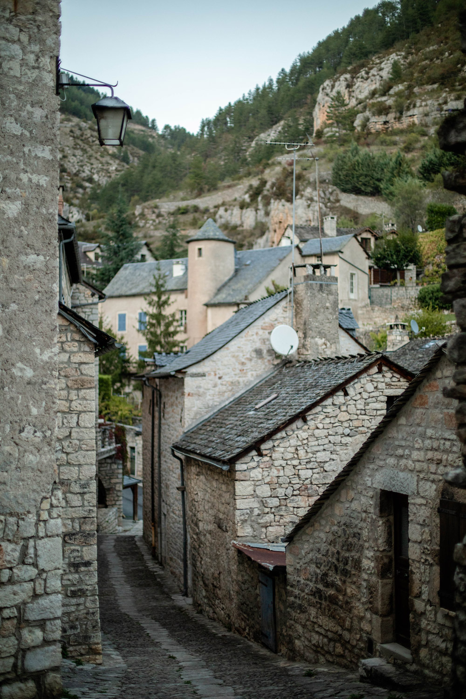 Sainte-Énimie photos village médiéval France