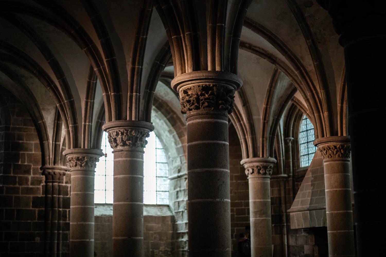 intérieur voutes Abbaye Mont-Saint-Michel