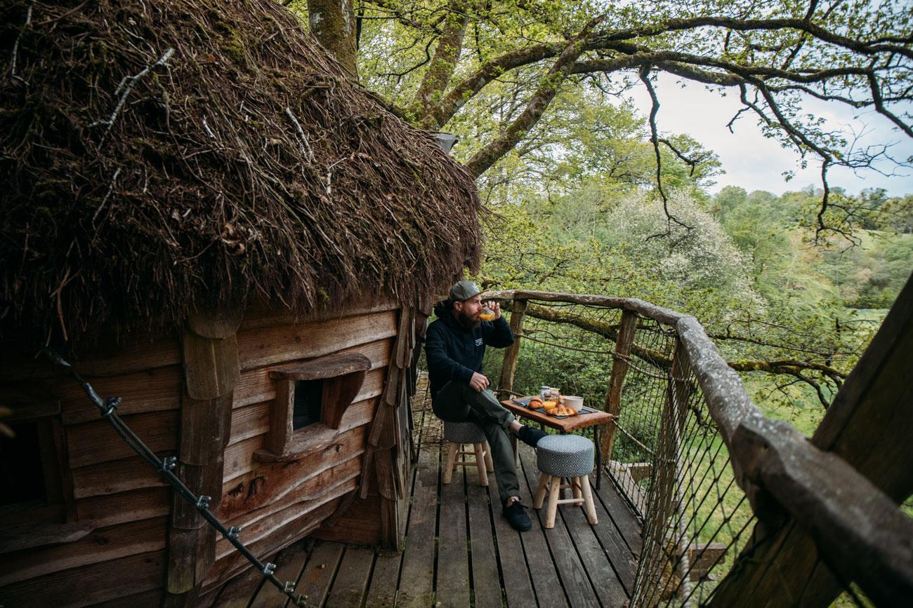 avis nuit cabane dans les arbres à Savigny