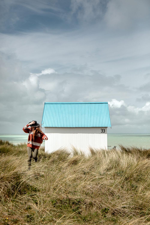 cabines de plage colorées de Gouville en Normandie