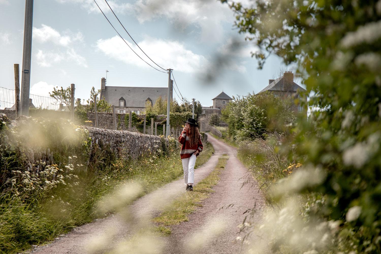 voir Regnéville dans les environs de Coutances