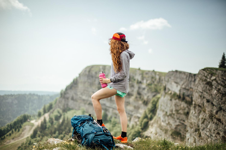 randonner sur les falaises du mont d'or