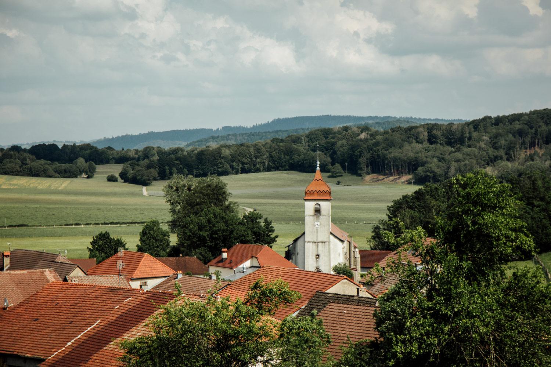 village typique franc-comtois pays horloger