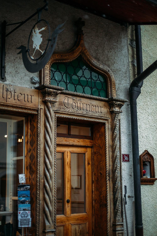 détail architecture moyen-age Gruyères