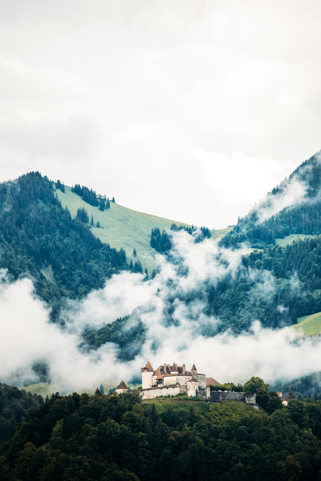 visiter le château de gruyères canton de fribourg