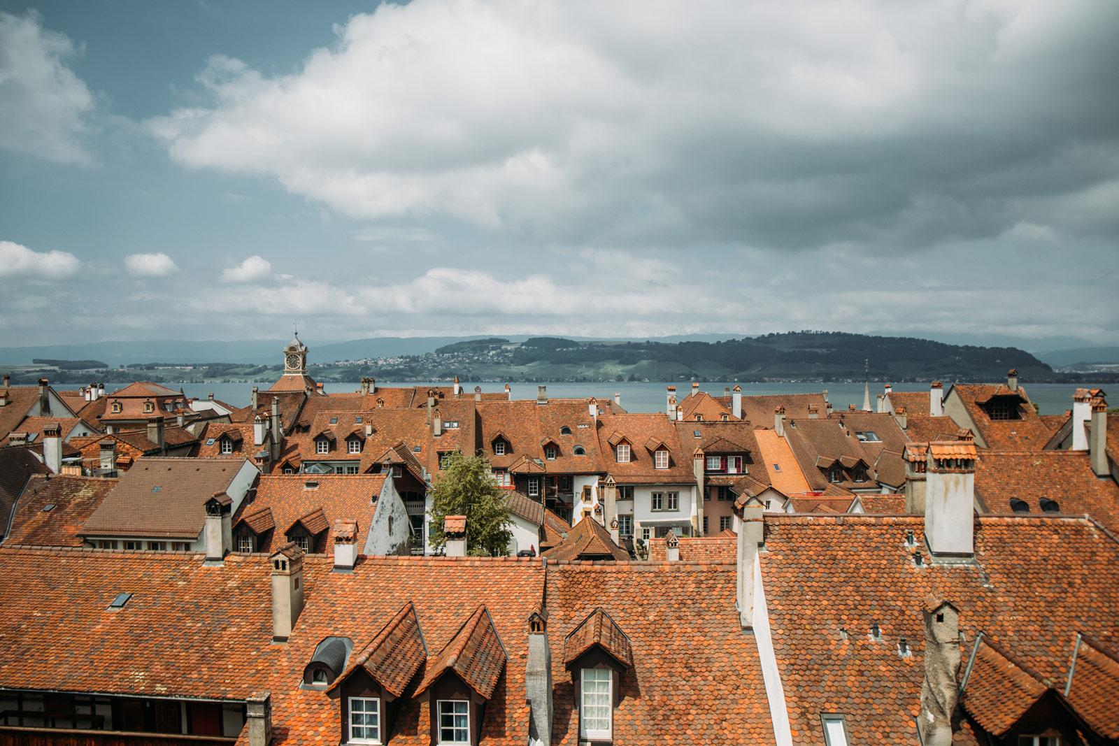 visiter la ville médiévale de morat